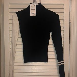 Zara mock kneck sweater size small NWT